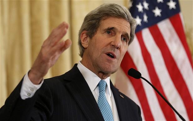Ngoại trưởng Mỹ John Kerry thúc giúc Philippines đàm phán với Trung Quốc về vấn đề Biển Đông