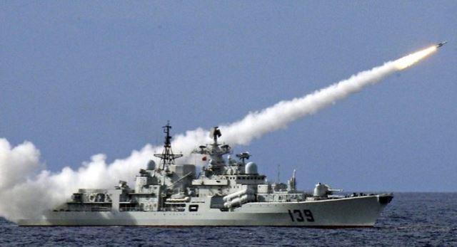 Theo lời ông Dương Vũ Quân, việc Trung Quốc tập trận ở Biển Đông là 'hoàn toàn bình thường'?!
