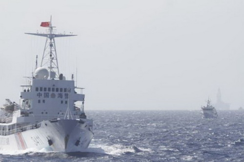 Tàu tuần duyên Trung Quốc ngang nhiên thị uy sức mạnh trên Biển Đông