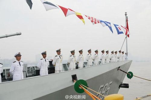 Trung Quốc triển khai tàu hộ vệ tên lửa mới ra Biển Đông