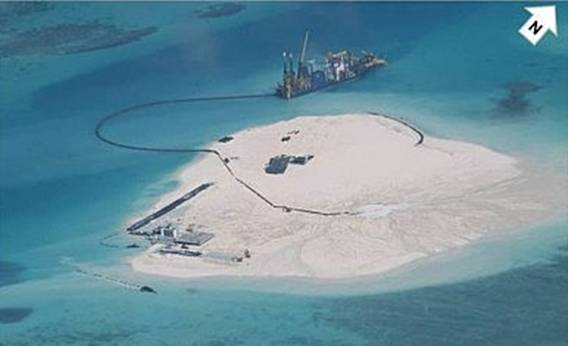 Trung Quốc đang ngang nhiên xây dựng các đảo trái phép trên Biển Đông