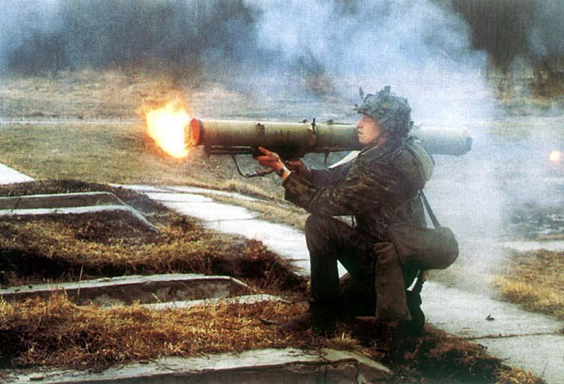 Theo những tin tức về tình hình chiến sự Syria mới nhất, Nga được cho là đã lén sử dụng súng nhiệt áp để tiêu diệt khủng bố IS