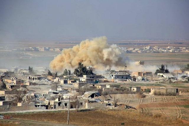 120 dân thường đã thiệt mạng sau vụ không kích của Pháp, theo tình hình chiến sự Syria mới cập nhật