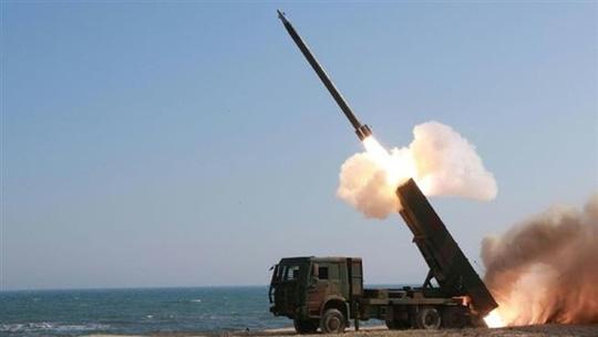Tuyên bố của Hàn Quốc được xem là lời đáp trả cho việc Triều Tiên tập trận mô phỏng hủy diệt Nhà Xanh
