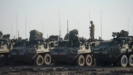 Đoàn xe quân sự Mỹ tại thị trấn biên giới Zahony, miền Đông Hungary