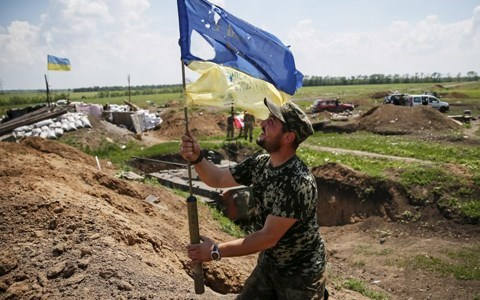 Người dân Ukraine quá 'ngán ngẩm' với xung đột ở Donbass