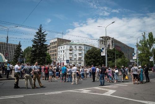 Tình hình Ukraine mới nhất cho biết Người dân miền Đông Ukraine biểu tình phản đối phe ly khai