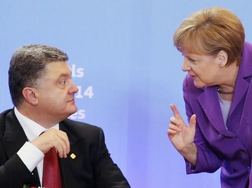 Tổng thống Ukraine Petro Poroshenko và Thủ tướng Đức Angela Merkel