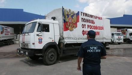 Nga đưa 2 đoàn xe nhân đạo sang miền Đông Ukraine trong 1 tuần