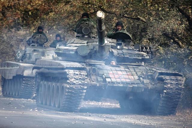Quân đội Ukraine rút khỏi miền Đông