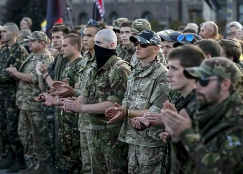 Tình hình Ukraine mới nhất cho biết nhóm cực hữu Ukraine tiếp tục đe dọa chính quyền
