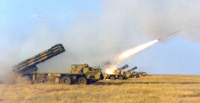 Tình hình Ukraine mới nhất cho biết DPR tố chính quyền Kiev triển khai vũ khí hạng nặng