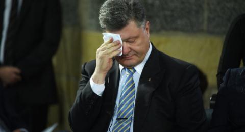 Tổng thống Ukraine Petro Poroshenko đang đánh mất sự ủng hộ của châu Âu cũng như người dân Ukraine