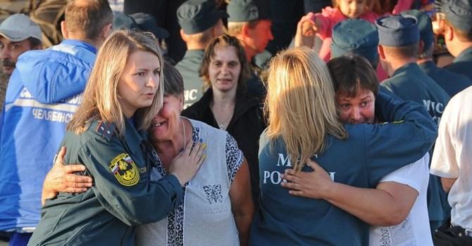 Tình hình Ukraine mới nhất cho biết dân Ukraine tiếp tục tháo chạy sang Nga