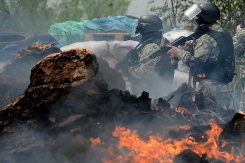 Phương Tây, Ukraine và Nga thường lên tiếng cáo buộc đối phương khiến tình hình Ukraine bất ổn