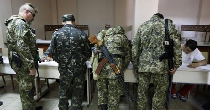 Tình hình Ukraine dự báo có nguy cơ tăng nhiệt sau cuộc bầu cử do quân ly khai tổ chức