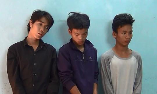 Thành viên băng cướp giật ở Sài Gòn chuyên dùng roi điện