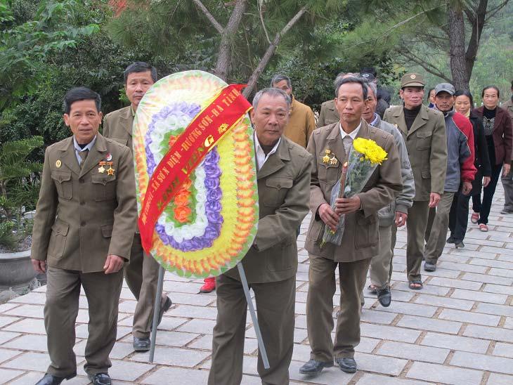 tin tức mới cập nhật 24h ngày 22/12: Hàng ngàn người viếng mộ Đại tướng Võ Nguyên Giáp tỏ lòng tri ân