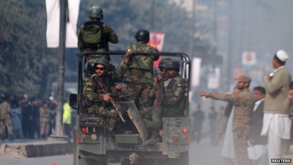 tin tức mới cập nhật ngày 23/12: Pakistan quyết định treo cổ 500 phần tử khủng bố sau vụ thảm sát ở trường học