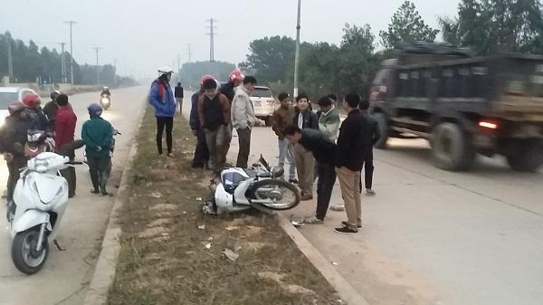 Người điều khiển xe máy điều đi sai phần đường gây tai nạn giao thông