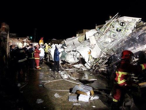 Công tác cứu hộ diễn ra kịp thời ki GE 222 rơi, có 11 người bị thương nặng hiện đang điều trị tại các bệnh viện