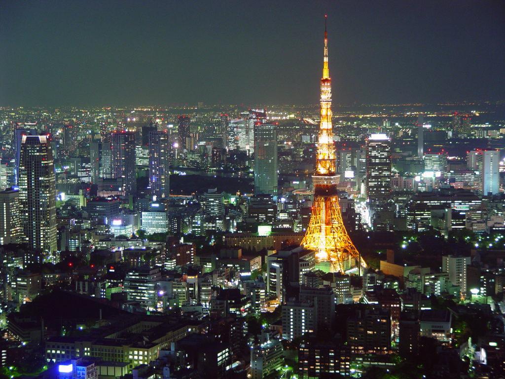 Nhật Bản hứng chịu trận động đất và sóng thần tồi tệ nhất vào tháng 3/2011