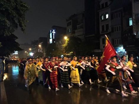 Sau lễ tổng duyệt, Ban Tổ chức cấp Quốc gia sẽ tổ chức họp rút kinh nghiệm, qua đó chuẩn bị tốt nhất cho Lễ mít tinh, diễu binh, diễu hành sẽ được tổ chức vào sáng 2/9. Ảnh Dân Trí