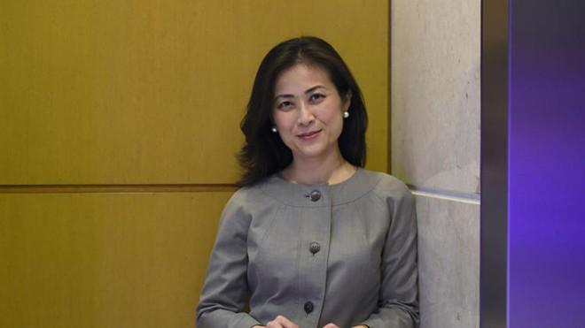 bà Elizabeth Phu