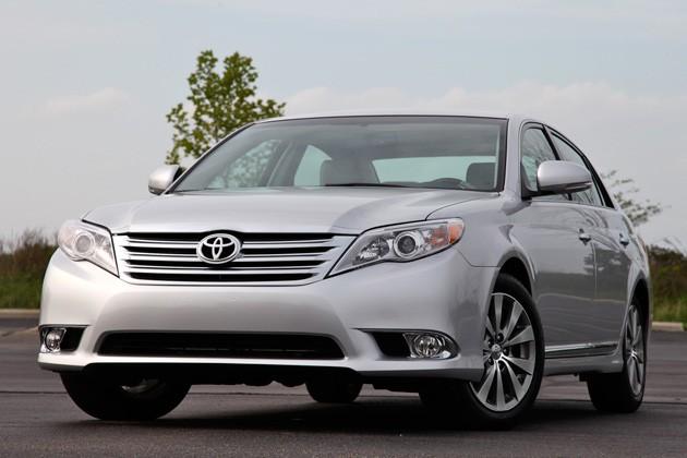 Toyota thu hồi xe Avalon Sedan phiên bản 2011 và 2012