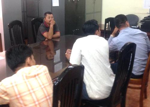 Những đối tượng liên quan đến đường dây mua bán logo 'xe vua' ở TPHCM bị bắt giữ