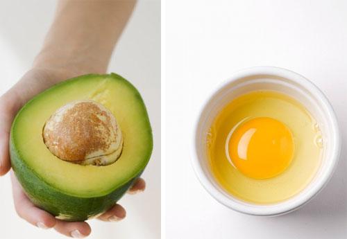Làm đẹp với bơ kết hợp lòng trắng trứng gà mang lại hiệu quả trị mụn tuyệt vời cho làn da sáng mịn