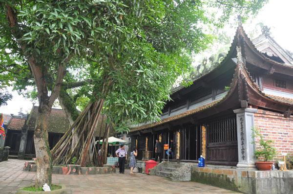 Chùa đời nhà Trần được lập tại khuôn viên Đền Cửa Ông