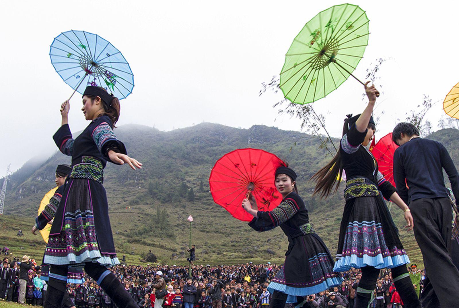 Du lịch Hà Giang 'níu chân' du khách bằng lễ hội chợ tình Khâu Vai 2017
