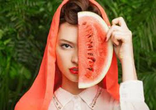 Cải thiện làn da cháy nắng vào mùa hè từ những trái dưa hấu