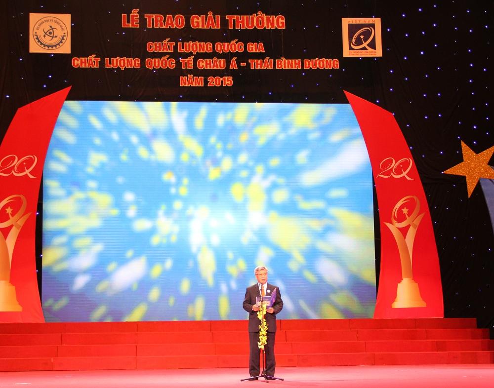 Thứ trưởng Trần Việt Thanh phát biểu khai mạc lễ trao giải thưởng Chất lượng Quốc gia 2015