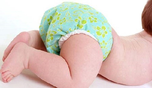 Để chăm sóc trẻ sơ sinh tốt cần chọn bỉm đúng kích cỡ