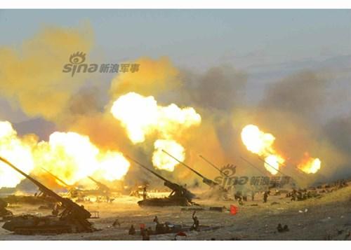 Triều Tiên tập trận bắn đạn thật với sự tham gia của hàng trăm pháo binh tầm xa