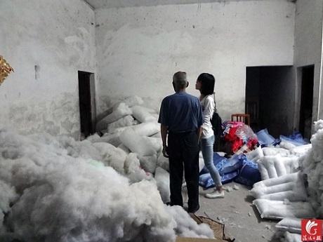 Xưởng sản xuất ngầm nơi người đàn ông Trung Quốc đáng thương bị giam giữ và sống đời nô lệ suốt 18 năm qua