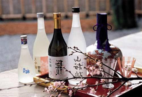 Trung Quốc cấm nhập khẩu rượu Sake Nhật Bản bị nhiễm phóng xạ