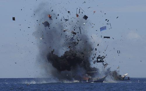 Đã có 5 tàu cá Việt Nam bị Indonesia phá hủy vì đánh bắt cá trái phép trên khu vực Biển Đông của nước này