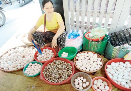 Các nhà quản lí cần giám sát để tránh hàng Trung Quốc kém chất lượng trà trộn