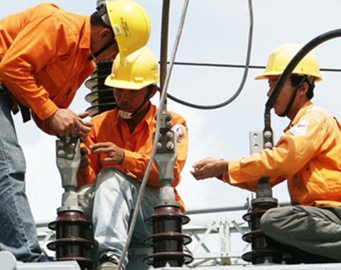EVN, điện lực, tỷ giá, giá xăng dầu, tăng giá điện, lãi khủng