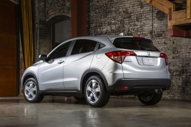 Với những người có ý định mua ô tô giá rẻ và tiết kiệm nhiên liệu thì Honda HR-V2016 là một sự lựa chọn không thể bỏ qua