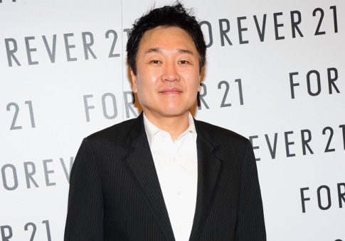 Do Won Chang là chủ thương hiệu thời trang Forever 21 phổ biến với giới trẻ toàn thế giới