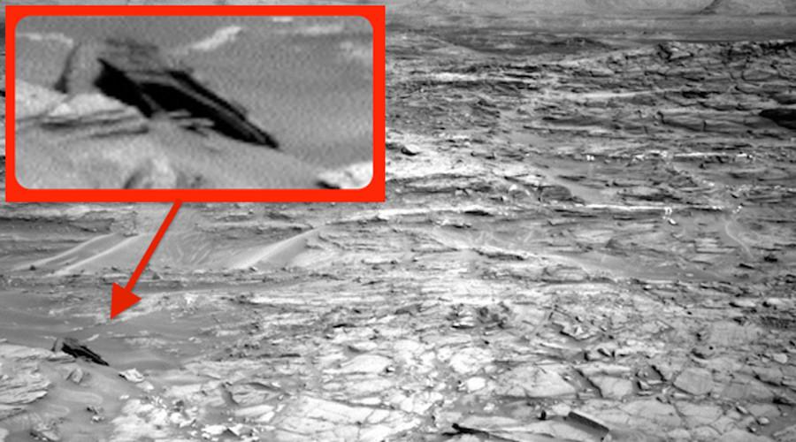Chiếc UFO kỳ lạ rơi trên sao Hỏa. Ảnh RT