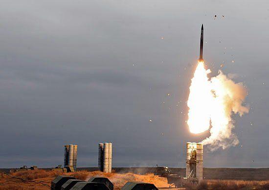 Đến chuyên gia Mỹ cũng phải thừa nhận sức mạnh đáng gờm của hệ thống tên lửa S-400 Triumf