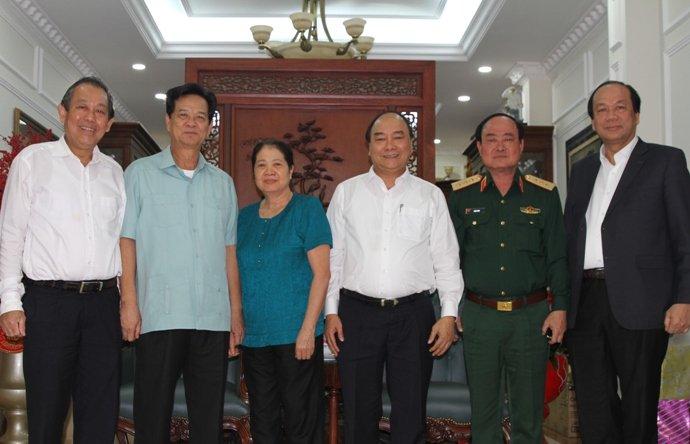 Thủ tướng Nguyễn Xuân Phúc chúc Tết