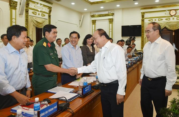 Thủ tướng Nguyễn Xuân Phúc và đoàn công tác Chính phủ đã có cuộc làm việc với lãnh đạo chủ chốt TPHCM