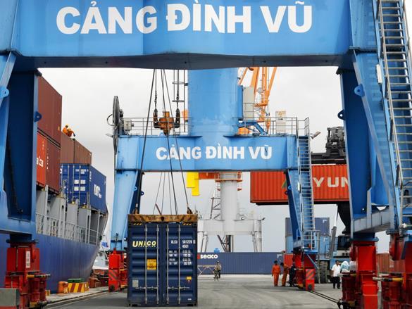 Thủ tướng yêu cầu kiểm tra phản ánh doanh nghiệp tố hải quan cảng Đình Vũ ''ăn'' tiền