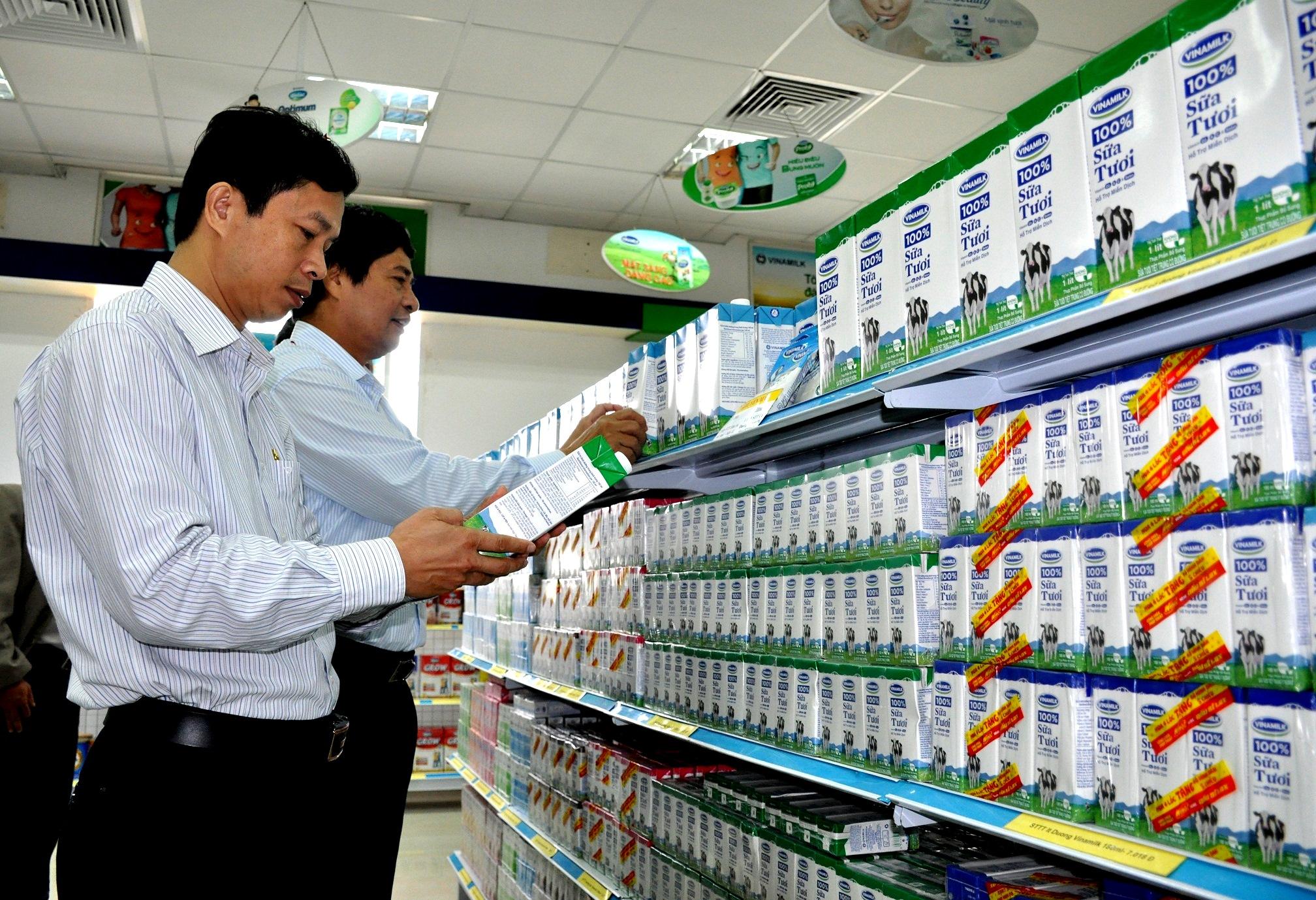 70% sữa trên thị trường không phải sữa tươi